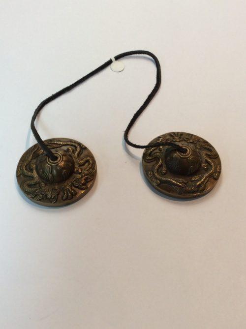 Tingsha tibetaine 2pouces et demi diametre $ 35.00